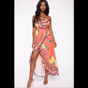NWT! Fashion Nova Vacation Destination Maxi Dress